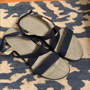 JSPORT Memory Foam Sandal Size 9.5 Navy